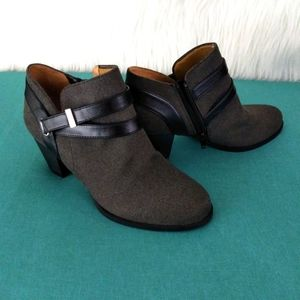 Abella True Comfort Black and Grey Ankle Boots 7.5